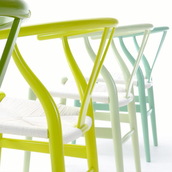 ch24-wishbone-chair-hans-wegner-lime