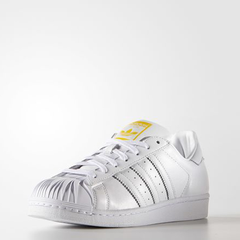 Pharrell-Williams-Zaha-Hadid-Superstar-Pharrell-Supershell-Shoes-adidas_dezeen