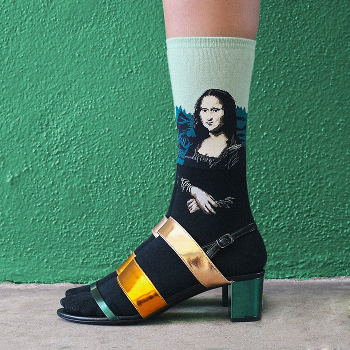 art-socks-gift-ideas-2-5829c7ac159d6__700