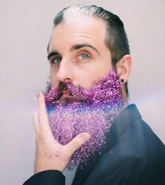 glitterbaard-paars-roze-bewerkt