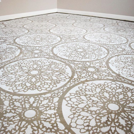 charlotte-allover-stencil-diy-stenciled-floor