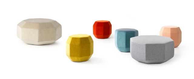 leolux-design-pouf-amulet-1.png