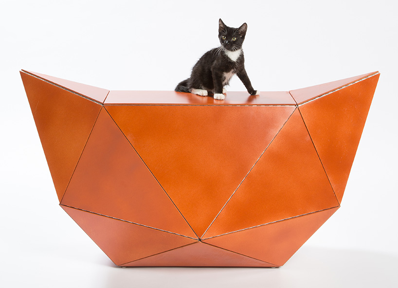 architect-designed-cat-houses-los-angeles-giving-shelter-fixnation-designboom-08