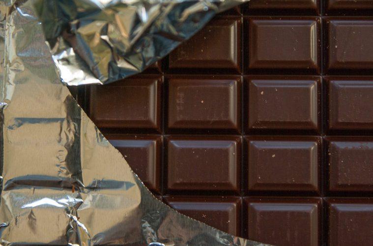 chocolate-1312524_1920.jpg